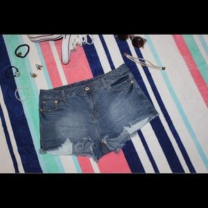 Stretchy Summer Shorts!